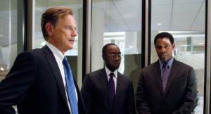 production still of Denzel Washington, Don Cheadle and Bruce Greenwood in 'Flight'