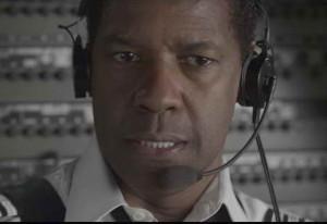 still of Denzel Washington in 'Flight'