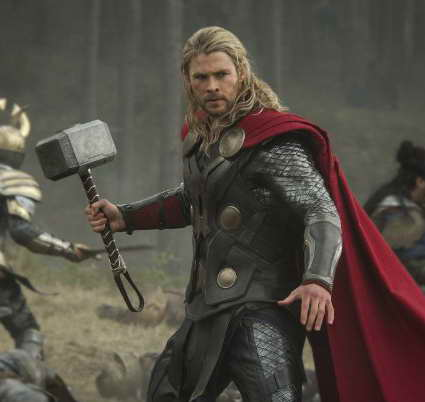 Chris Hemsworth in Thor The Dark World