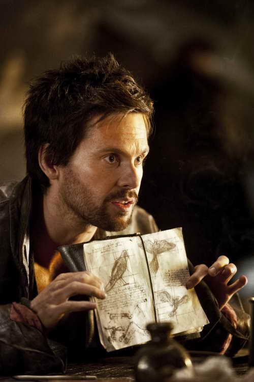 Leonardo da Vinci (Tom Riley)