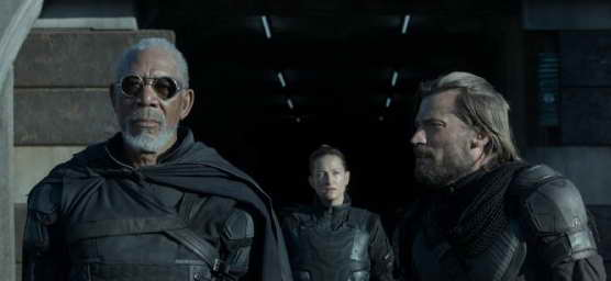 Morgan Freeman and Nikolaj Coster-Waldau in Oblivion