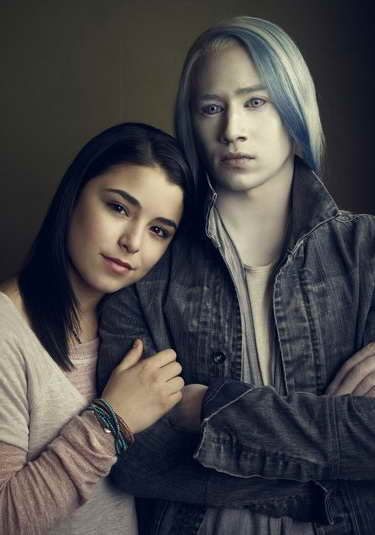 Nicole Muñoz and Jesse Rath in Defiance