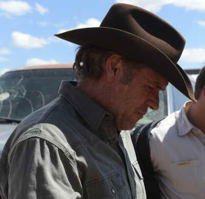 Robert Taylor on the set of Longmire