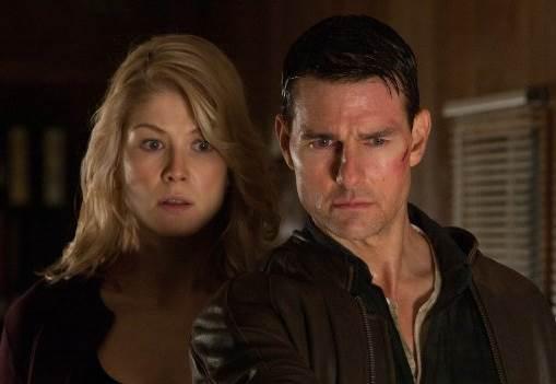 Jack Reacher - Tom Cruise and Rosamund Pike