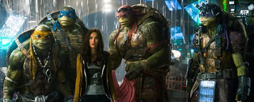 Megan Fox in Teenage Mutant Ninja Turtles, a review-brusimm